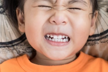 """""""Ouch, my tooth hurts, Mummy!"""" - Dr. Terry Teo answers your questions on kids' dental problems"""