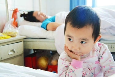 Injured mum's carer is just 3 years old