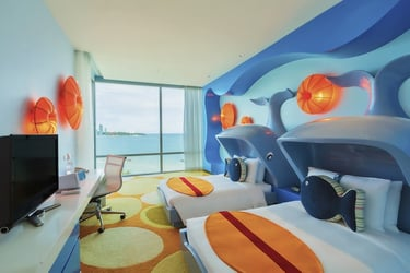 theAsianparent July Blockbuster Rewards – Win a 2N stay in Holiday Inn Pattaya Family Suite Room worth $600!