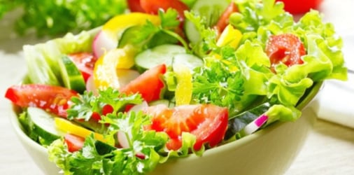 5-Minute fruits and flowers salad bowl recipes to excite your child