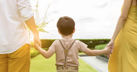 """""""Stop Parenting!"""": World Renowned Psychologist's Advice To Parents"""
