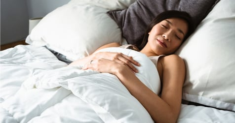 Find Out Which Sleeping Position Prevents Wrinkles And Protects Your Spine