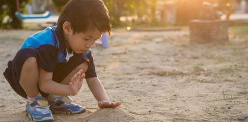 Why you should let your kid play in the dirt