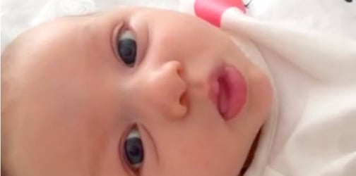 """WATCH: Amazing talking baby says """"hello"""" at just 7 weeks old!!"""