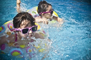 5 Cost Saving Ways to Choose Swimming Lessons For Kids in Singapore