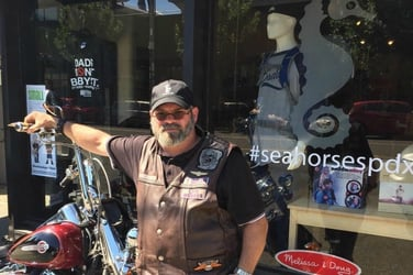 """""""We are dads, not babysitters"""". Dad of 4 opens a store for other dads!"""