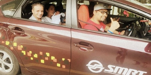 Mummy gives birth to baby girl inside taxi in Singapore!