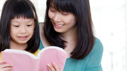 3 Simple ways to teach your child to love reading!