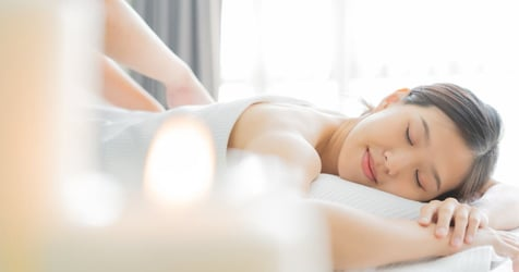 Pamper Your Wife With a Sensual Massage Using These Tips!