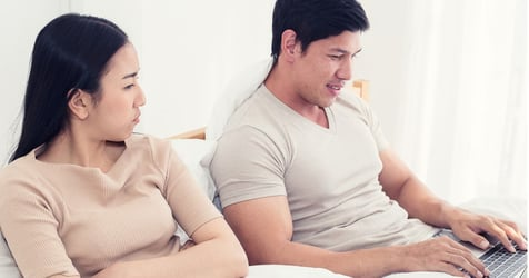 Healthy and Unhealthy Jealousy in Marriage: What's the Difference?