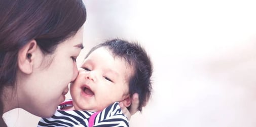 Hugging and Kissing Your Baby Can Make Him Smarter: Study