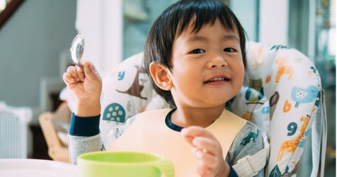 Teaching Your Baby to Feed Himself: Why All the Mess is Totally Worth It!