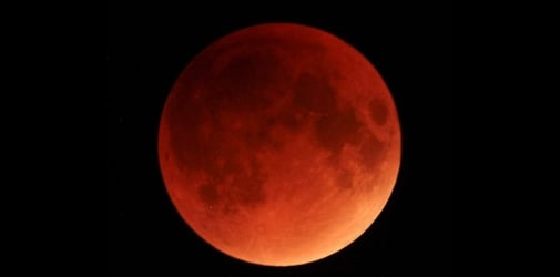 Catch the longest lunar eclipse of the century in Singapore on July 28!