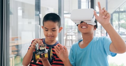 Choosing the Right Tech Toys to Boost Your Kids' Intelligence