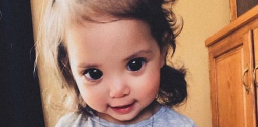 """This little girl has the most gorgeous """"Disney princess eyes"""""""