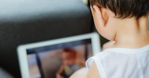 Paediatricians Urge Parents to Stop Giving Toddlers Digital Toys