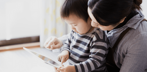 How to raise children in a bilingual home using technology without impacting family time