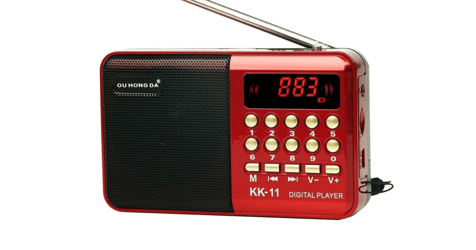 Charity Project Wants to Bring Joy to Socially Isolated Seniors With Donated MP3 Players