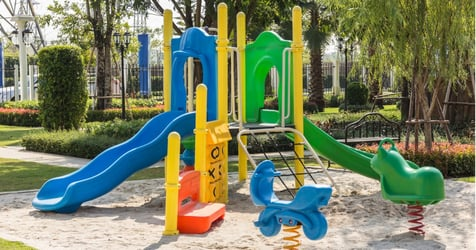 Parent Claims Daughter Was Discriminated at Playground; Netizens Doubt That Racism Was Involved