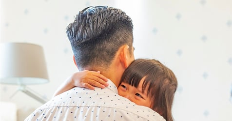 """""""I just want my little girl to feel confident and beautiful"""": Dad Says His Wife's Parenting Ways Are Hurting Their Daughter"""