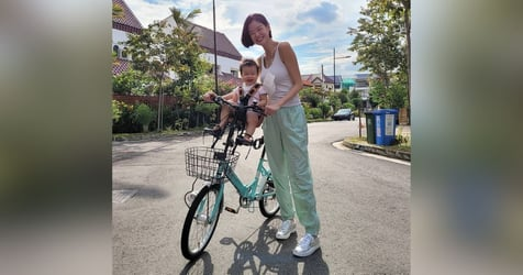 Sheila Sim And Daughter Layla Are Enjoying A Fun New Sport And We Love It Too!