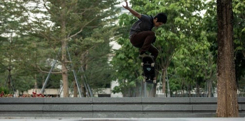 Are Singaporean Kids Keen To Learn Skateboarding? This Young Parent Thinks So!