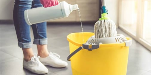 5 tips on how to mop the floor