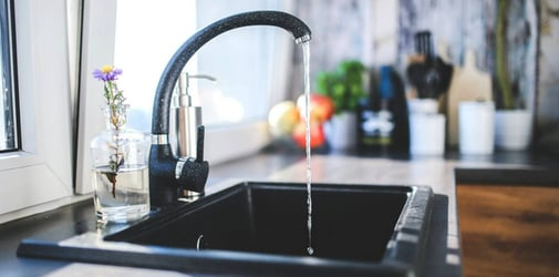 3 simple ways to unclog a sink