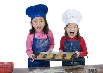 Parents, Here Are 10 Ways To Get Your Kids Doing Chores At Home!