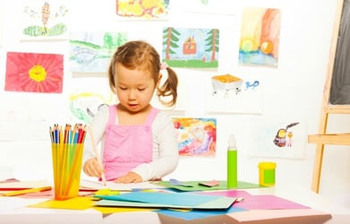 8 awesome ideas to keep your child busy