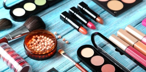 Here's how you trick people into thinking you're good at makeup