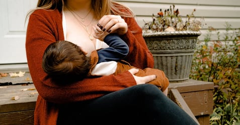 Helpful Breastfeeding Basic Tips for the New Mum Within the First 6 Months