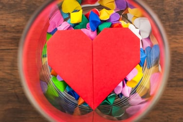 How to make an origami heart – Easy tutorial for kids!