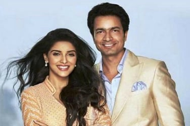 Married! Asin Thottumkal and Rahul Sharma tie the knot in Delhi