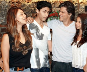 """King Khan might look like a doting father but he has a few """"daddy rules"""" for his kids!"""