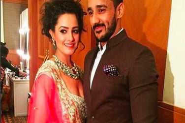 These pics of TV actor Anita Hassanandani and husband Rohit Reddy will give you major marriage goals