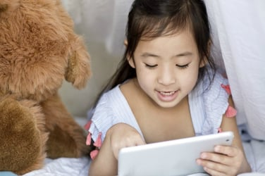 Shocking! Mobile phones are causing presbyopia at an early age in Indian kids
