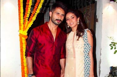4 times Shahid Kapoor and Mira Rajput proved that they are a traditional couple!