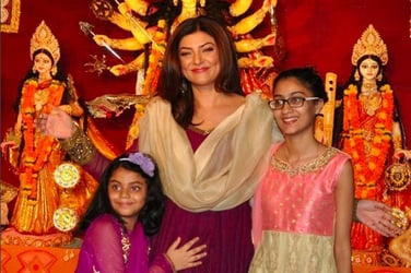 Sushmita Sen and her daughters are a picture of perfection during Durga Pujo!