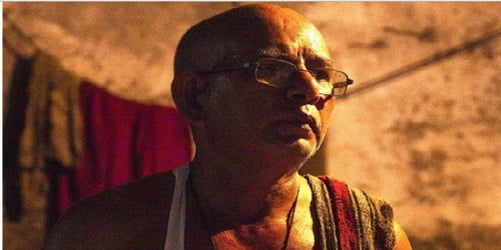 THIS man makes rotis for his wife every single day! (Husbands, are you listening?)