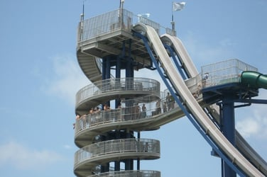 World's tallest waterslide to close down after boy's death