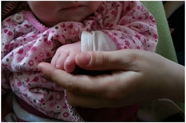 Shocking! Baby girl found thrown on a roadside in Bhopal covered with ants!