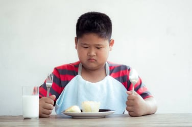 Is your child going through weight problems? Watch out for this 5 key signs