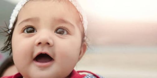 Baby stares at beautiful people: A study shows babies trust them more