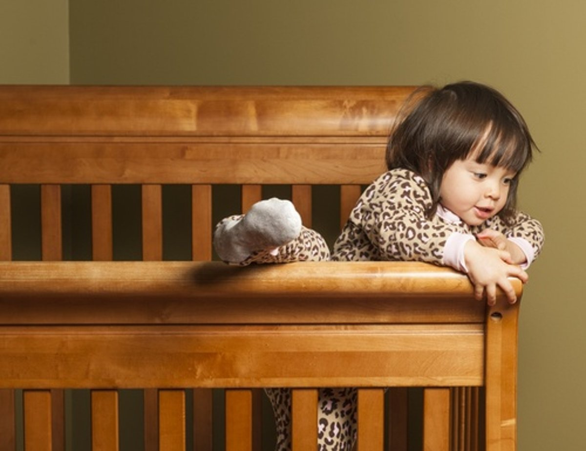 Floor Beds Or Cribs Which Is Safer And