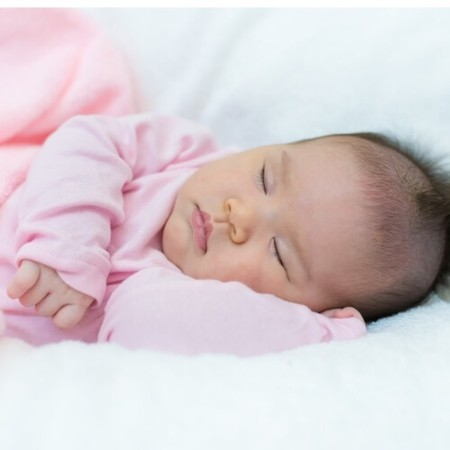 Can Babies Sleep With a Pillow? 👶