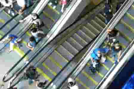 children need constant adult supervision not just when riding the escalator, but when you're in the vicinity of one.