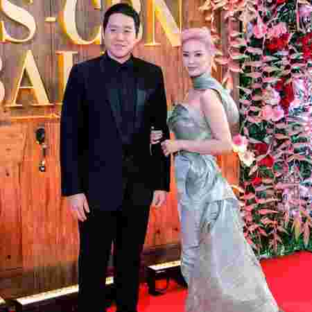 ABS-CBN Ball: Celebrity hot moms and dads on the red carpet