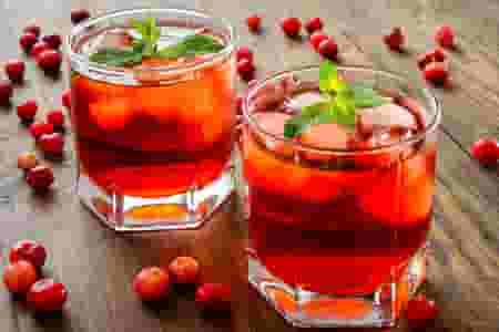 9 non alcoholic Christmas drinks you can serve this year
