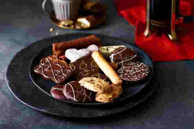 Marks & Spencer Belgian Collection Biscuit Tin